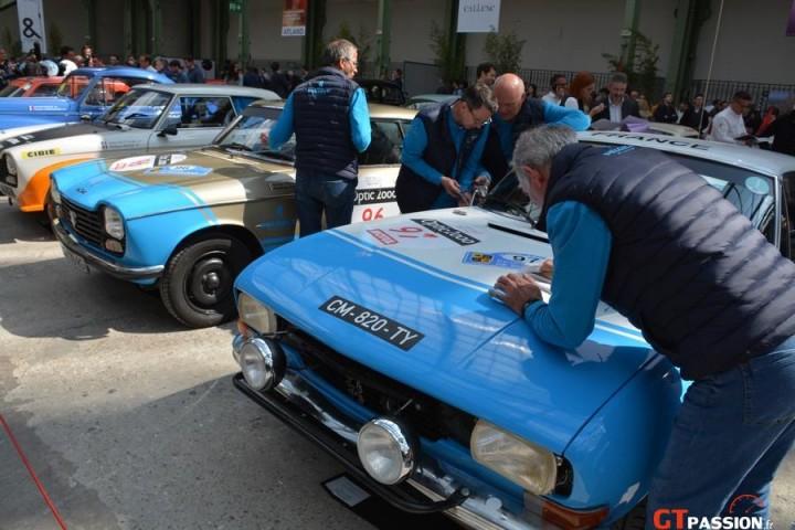 Les équipes Peugeot Legend au boulot.....